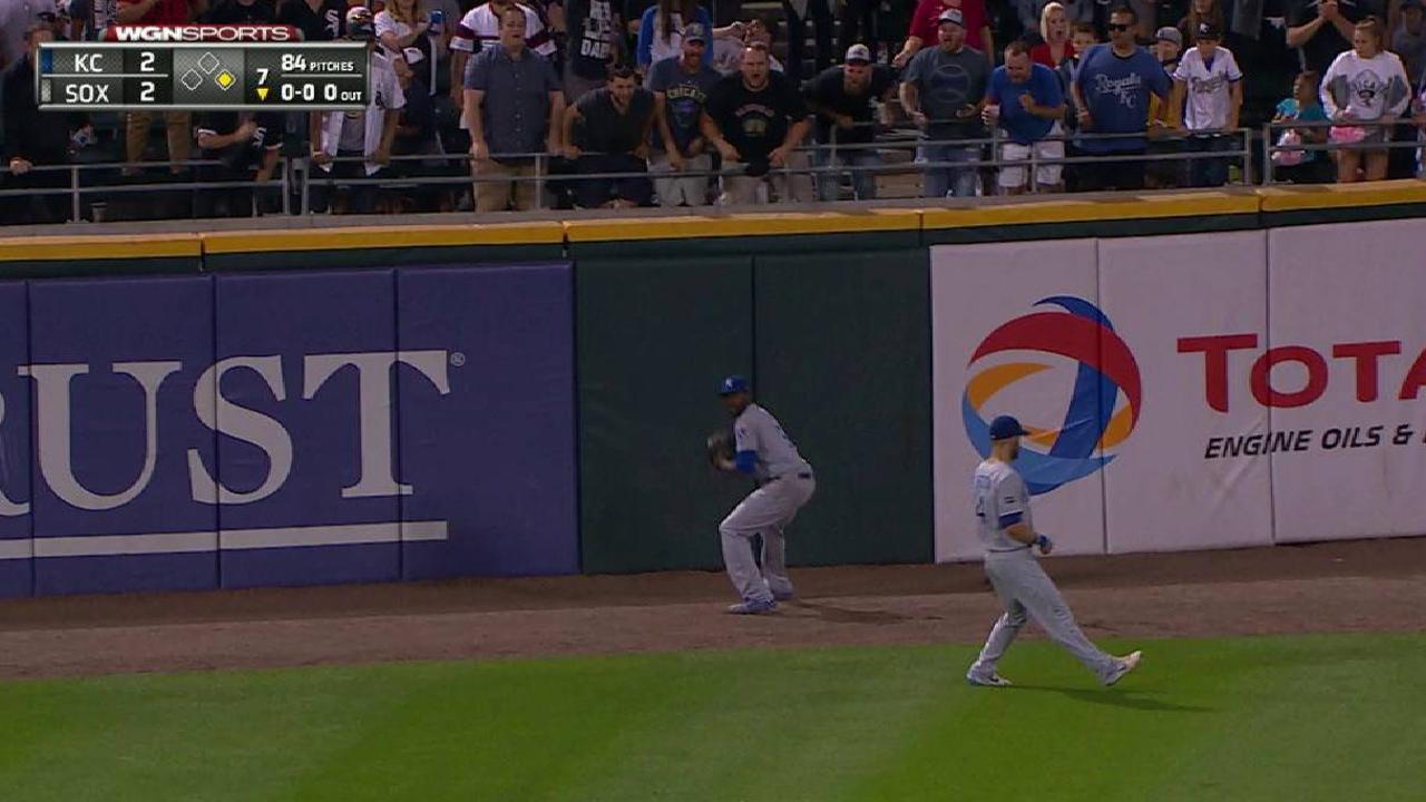 Engel sparks 4-run 7th as White Sox clip KC