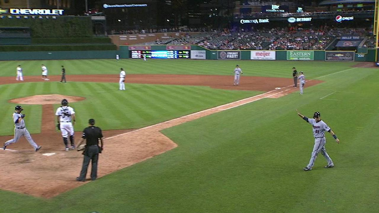 Mauer's two-run single