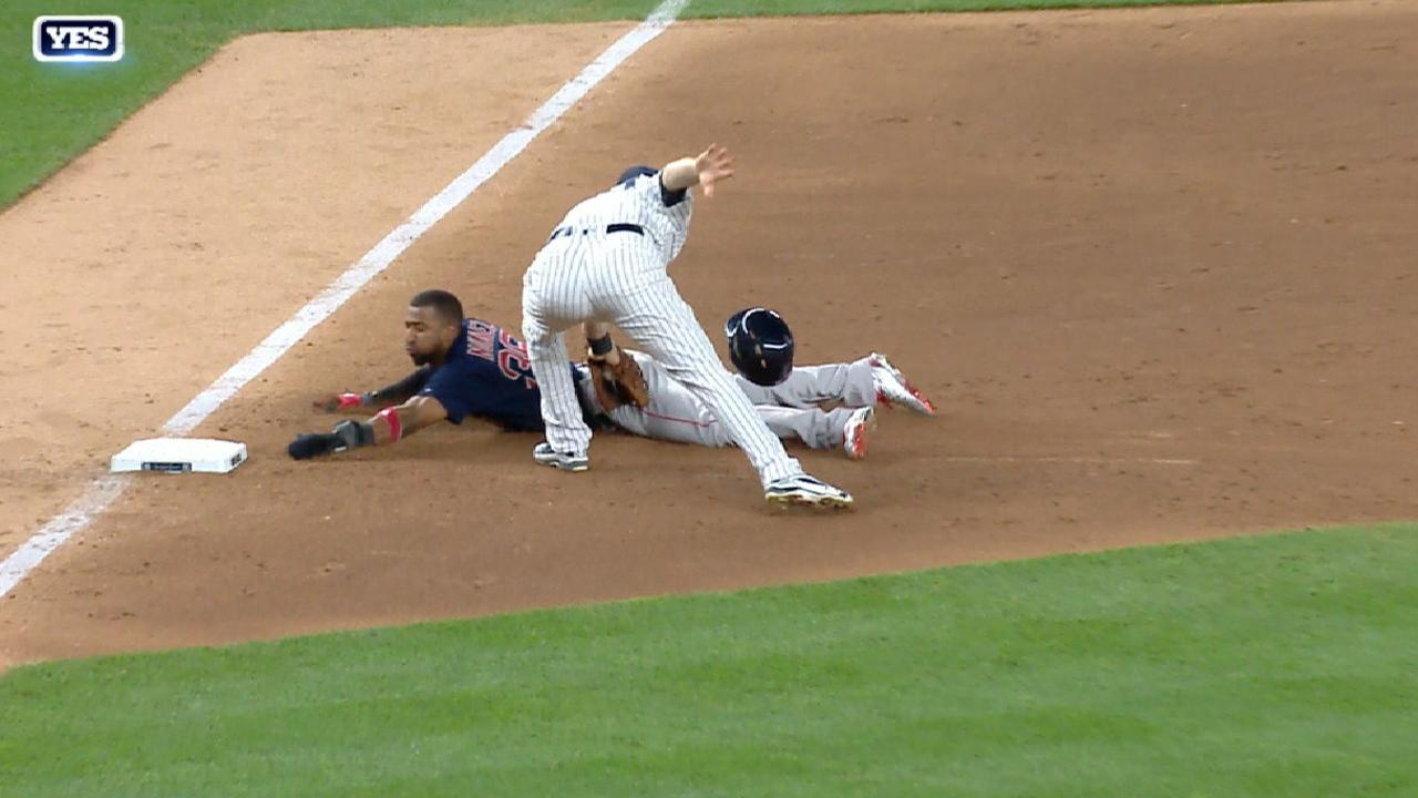Hicks turns a huge double play