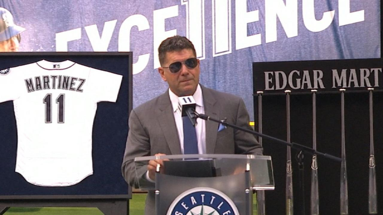 Edgar 'grateful' as Mariners retire No. 11