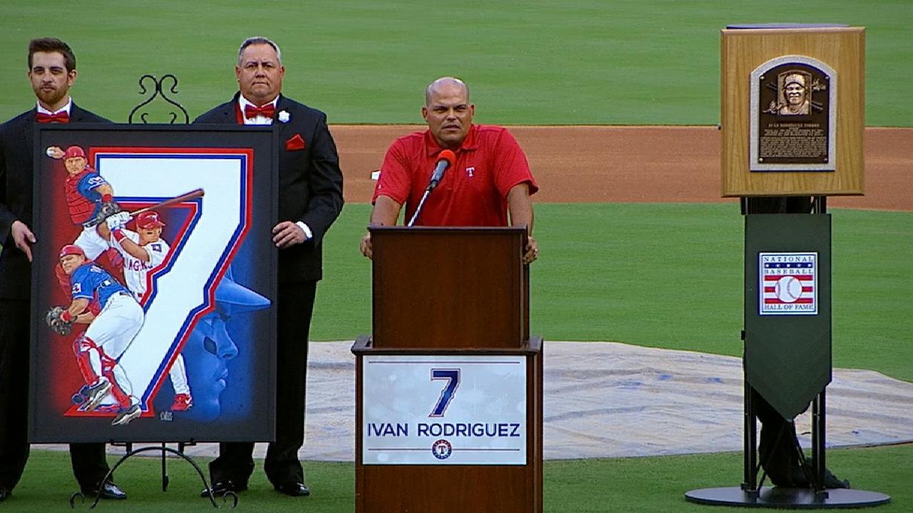 Magnificent 7: Rangers retire Pudge's jersey