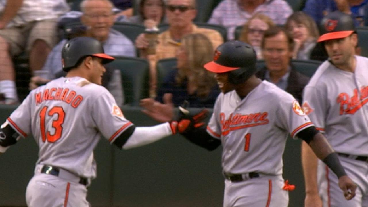 Manny Machado empuja a los Orioles en Seattle con grand slam