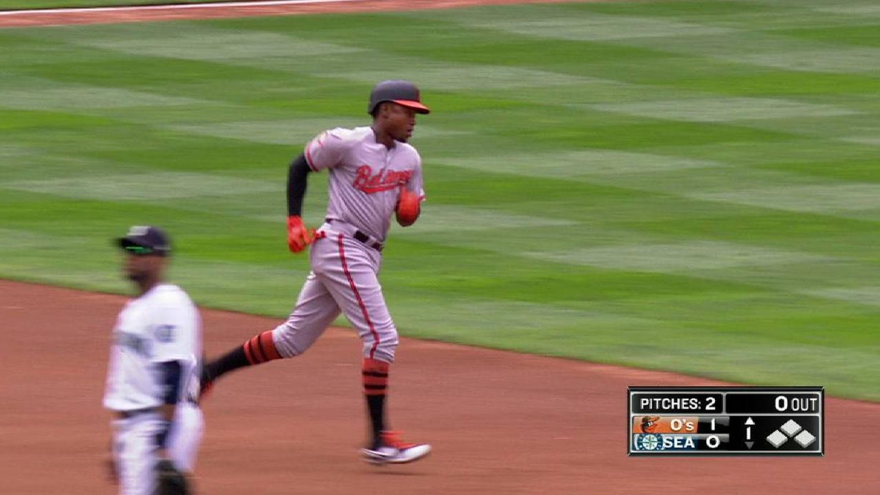 Balanced O's can't complete thrilling rally