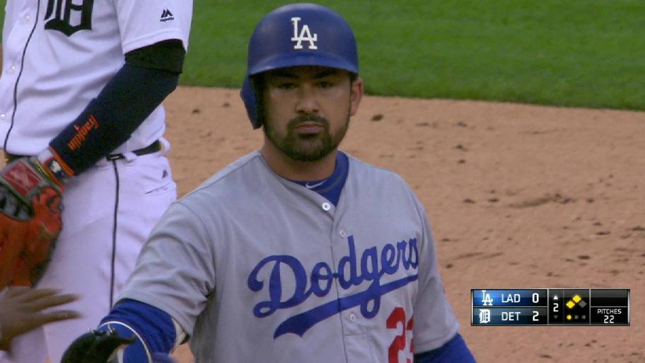 González regresa para ayudar a Dodgers a derrotar a Tigres