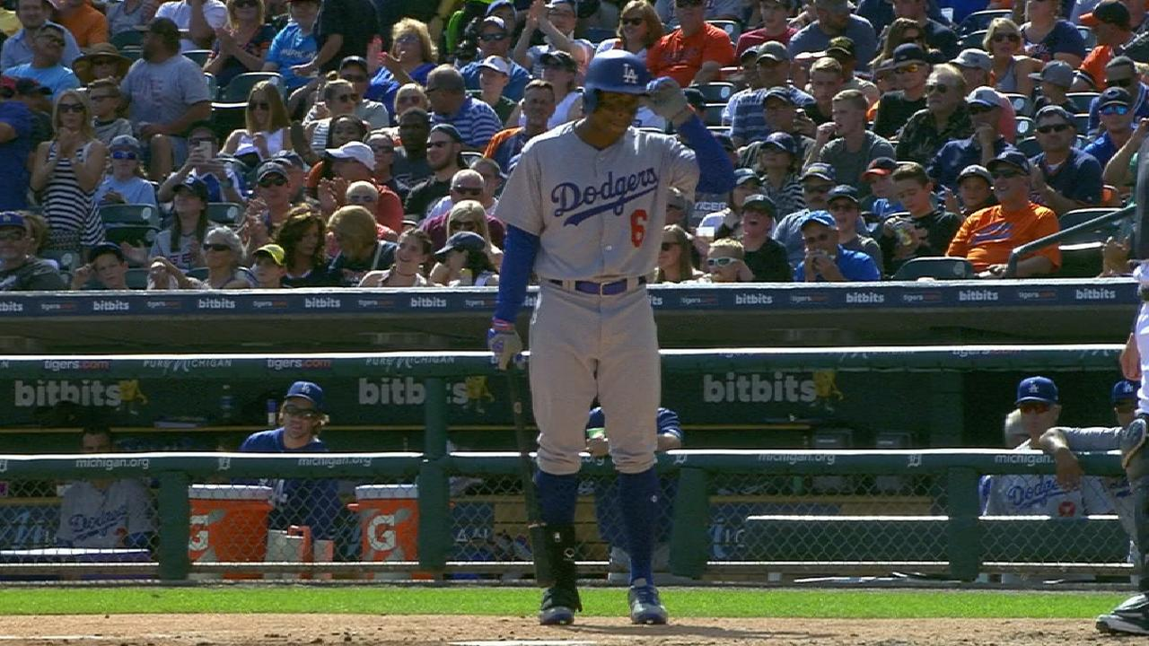 Granderson gets a strong ovation