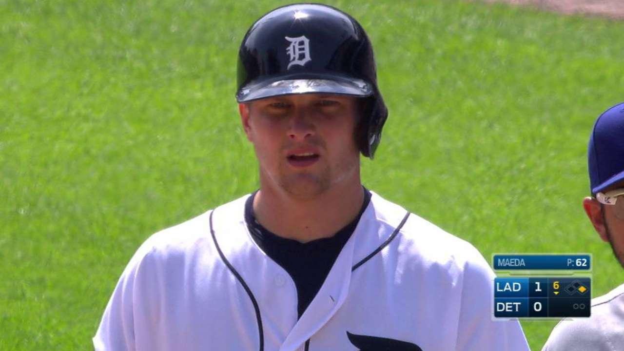 Bats go quiet as Dodgers' win streak snapped