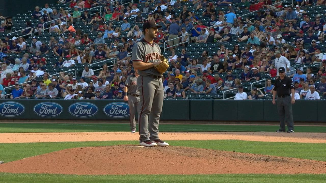 Descalso's relief appearance
