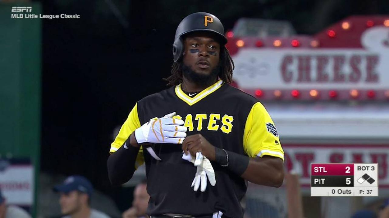 Bell's 4 RBIs lead Bucs to LL Classic win