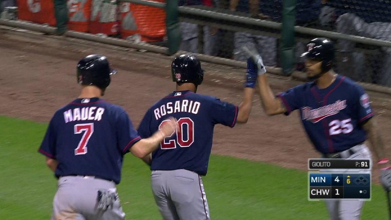 Trio of HRs help Twins maintain 2nd Wild Card
