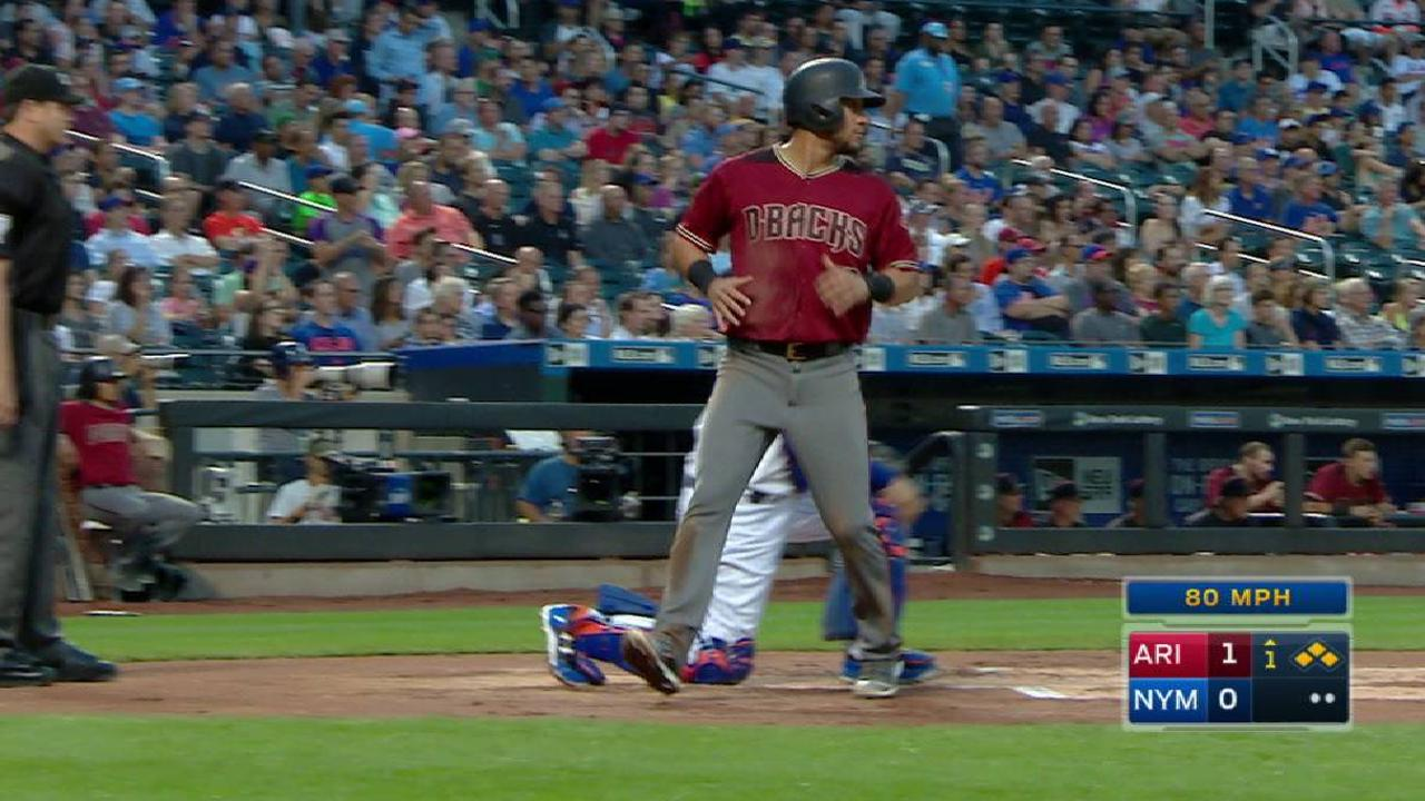 Martinez's two-out RBI single