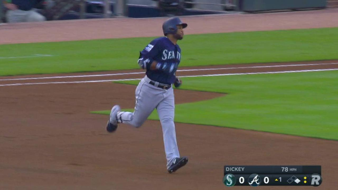 Cano joins Ruth in doubles