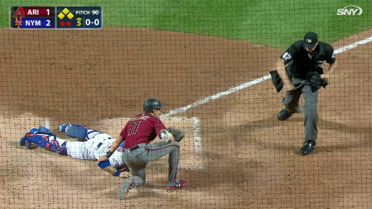 Lagares' throw completes DP