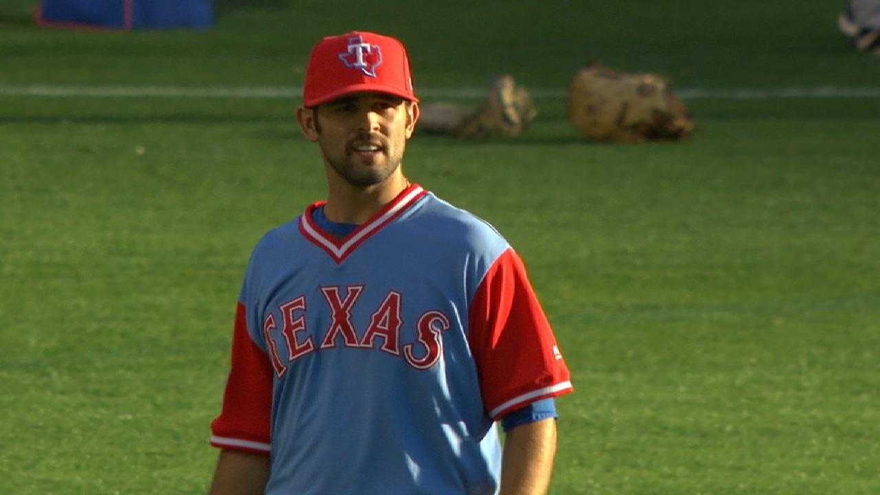 Martinez to start for Rangers on Friday vs. Angels