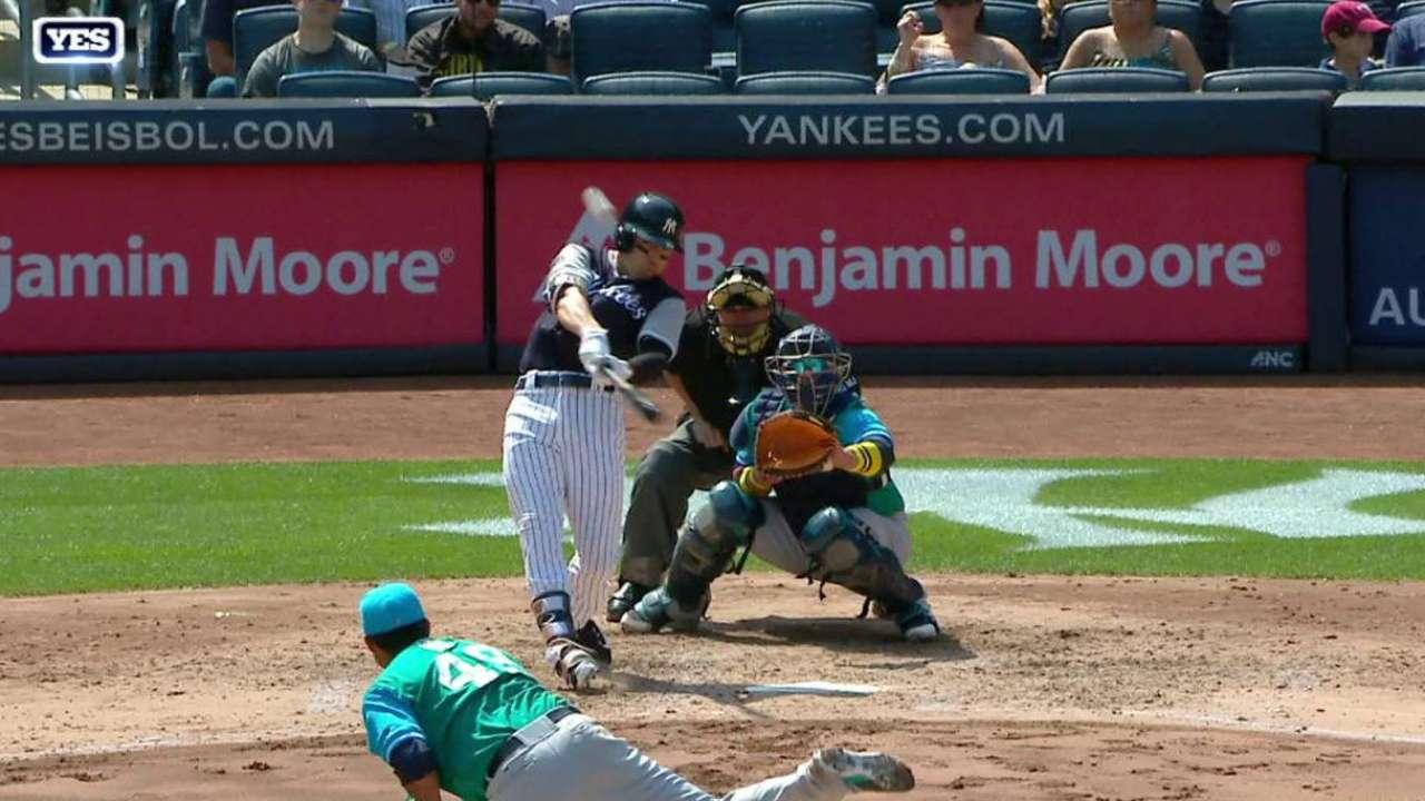 Bird y Ellsbury lideran victoria de Yankees sobre Marineros