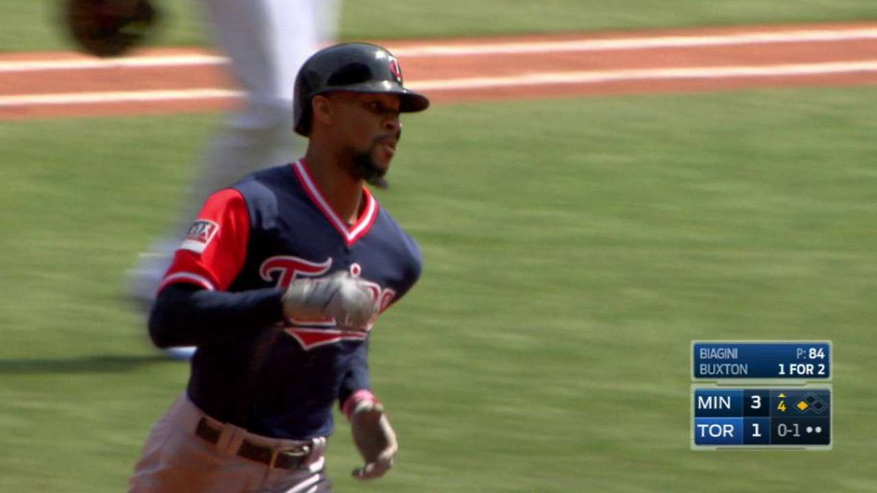 Buxton's two-run homer