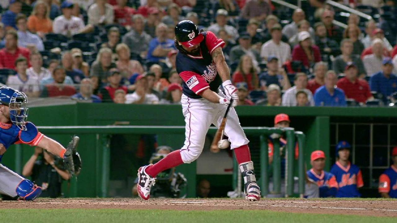 Rendon's RBI knock to right