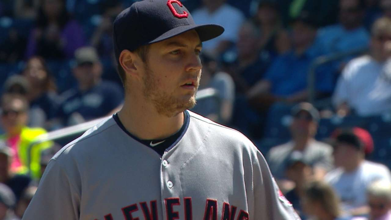 Tribe edges Yanks in G1 for 6th straight win