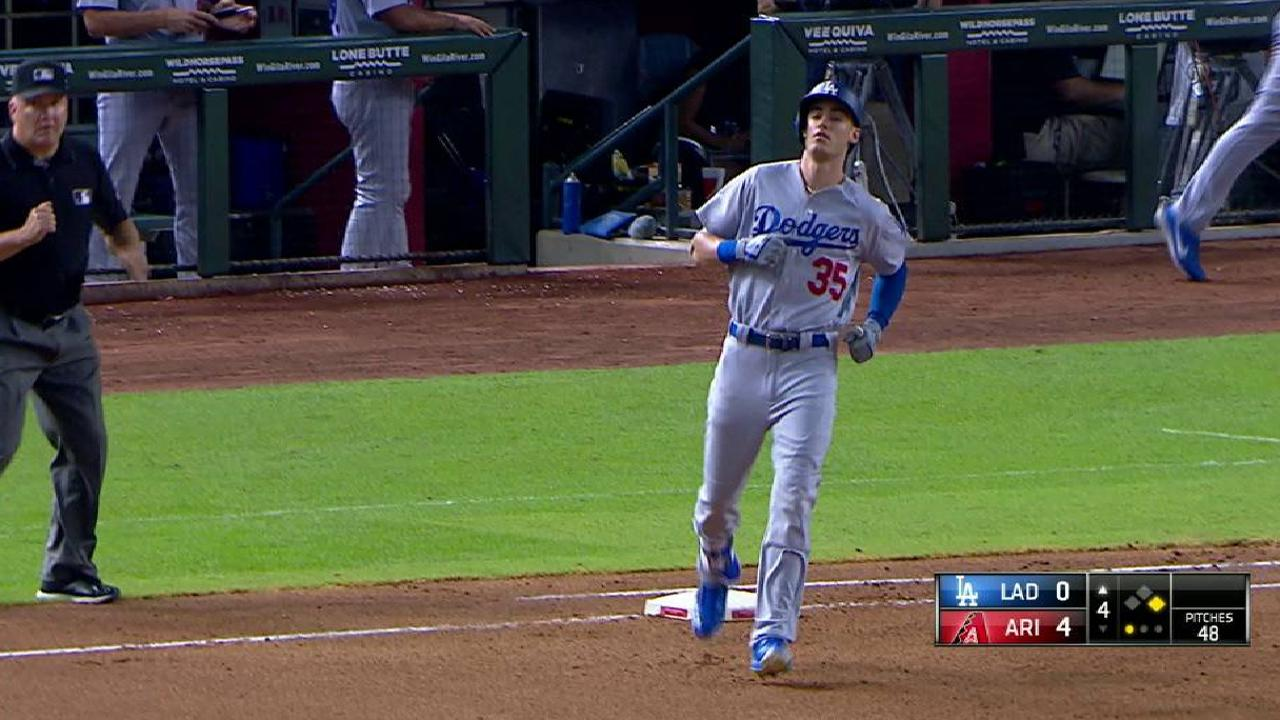 Bellinger singles to center