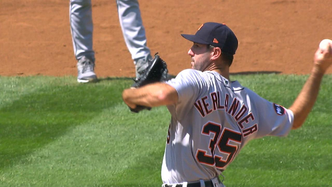 Last-minute Verlander deal lifts up Houston