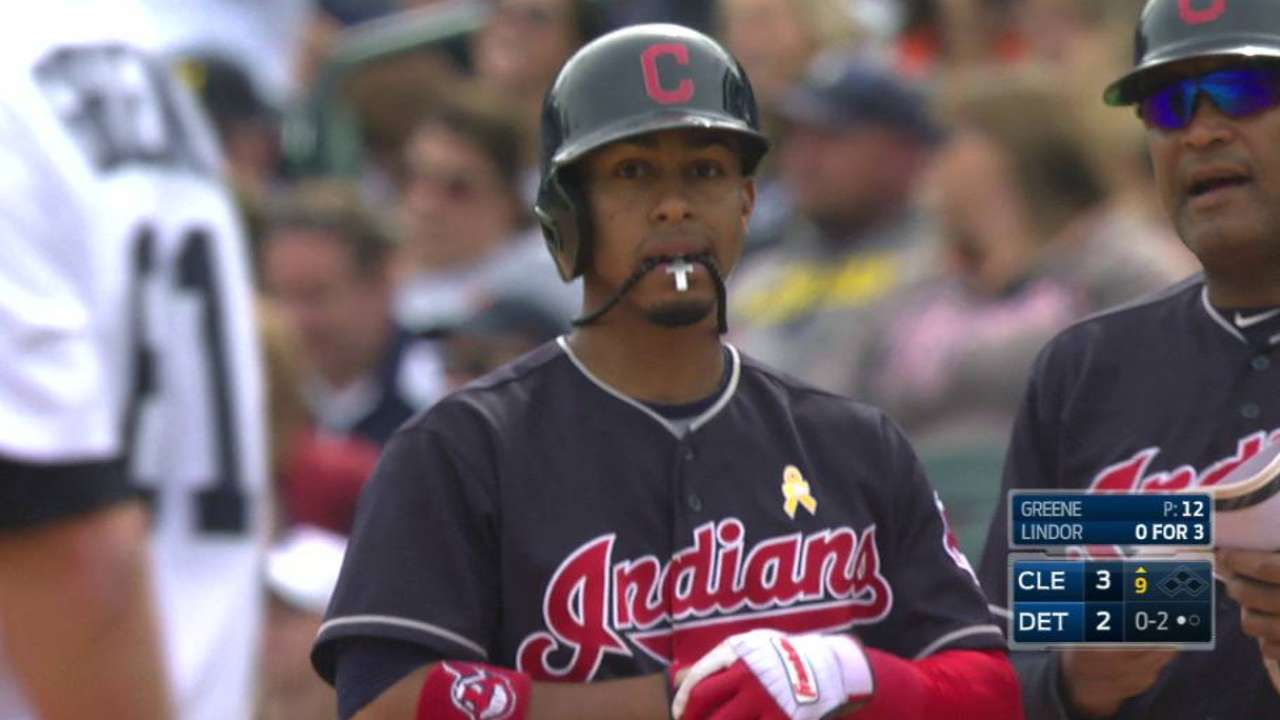 Lindor's go-ahead RBI single