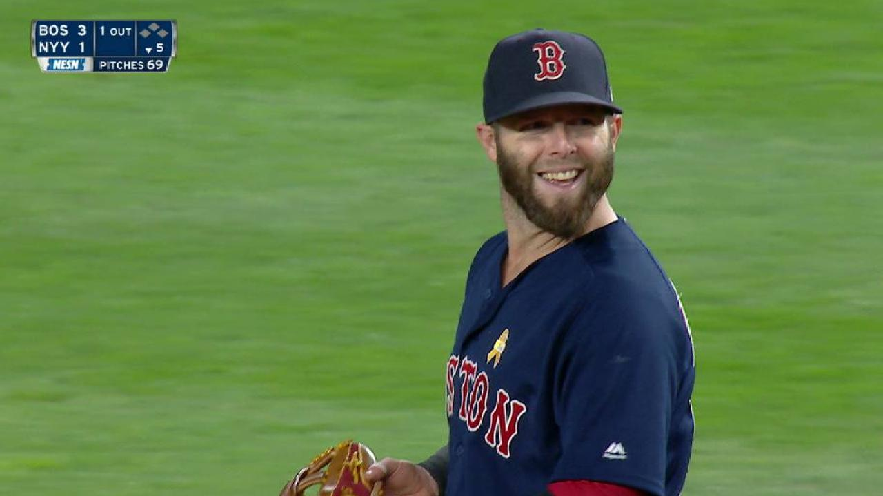 In first game back, Pedroia shows off range