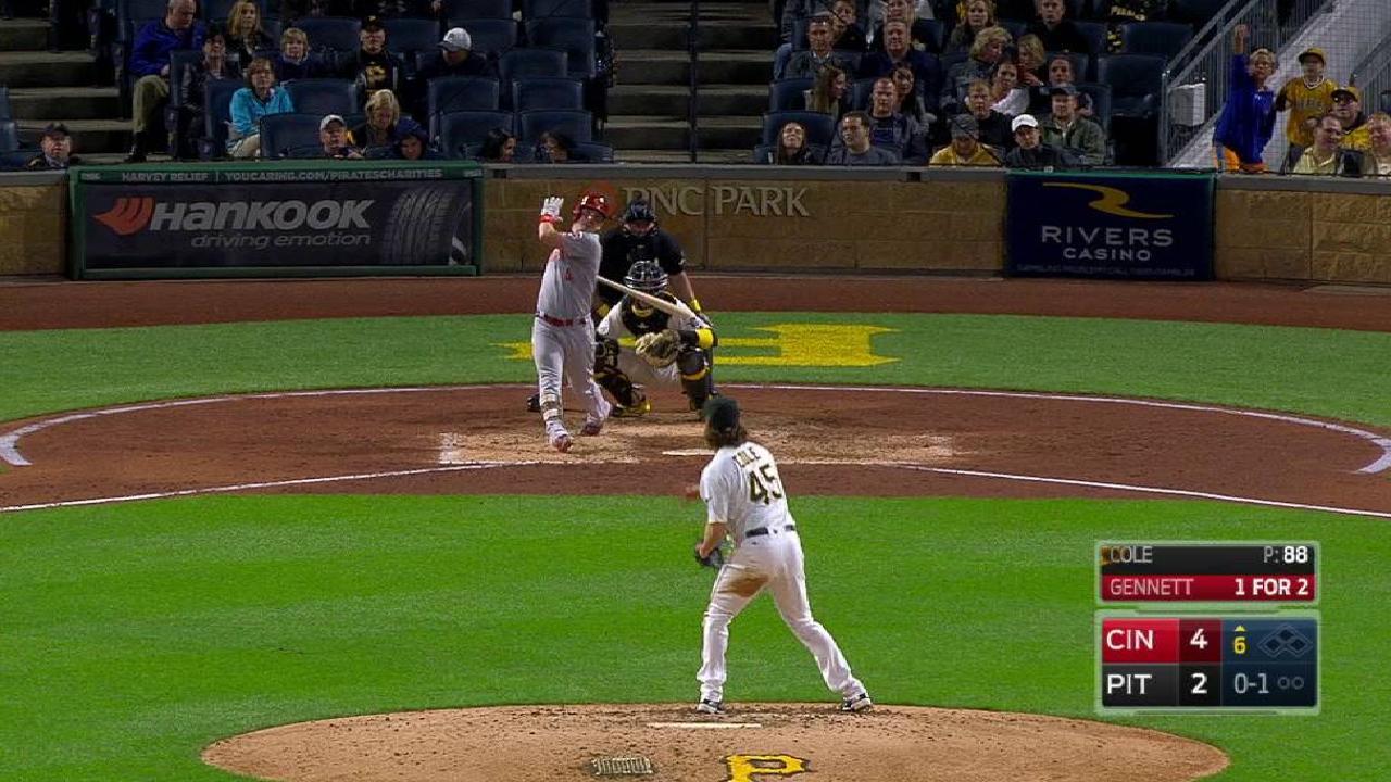 Gennett's triple to center