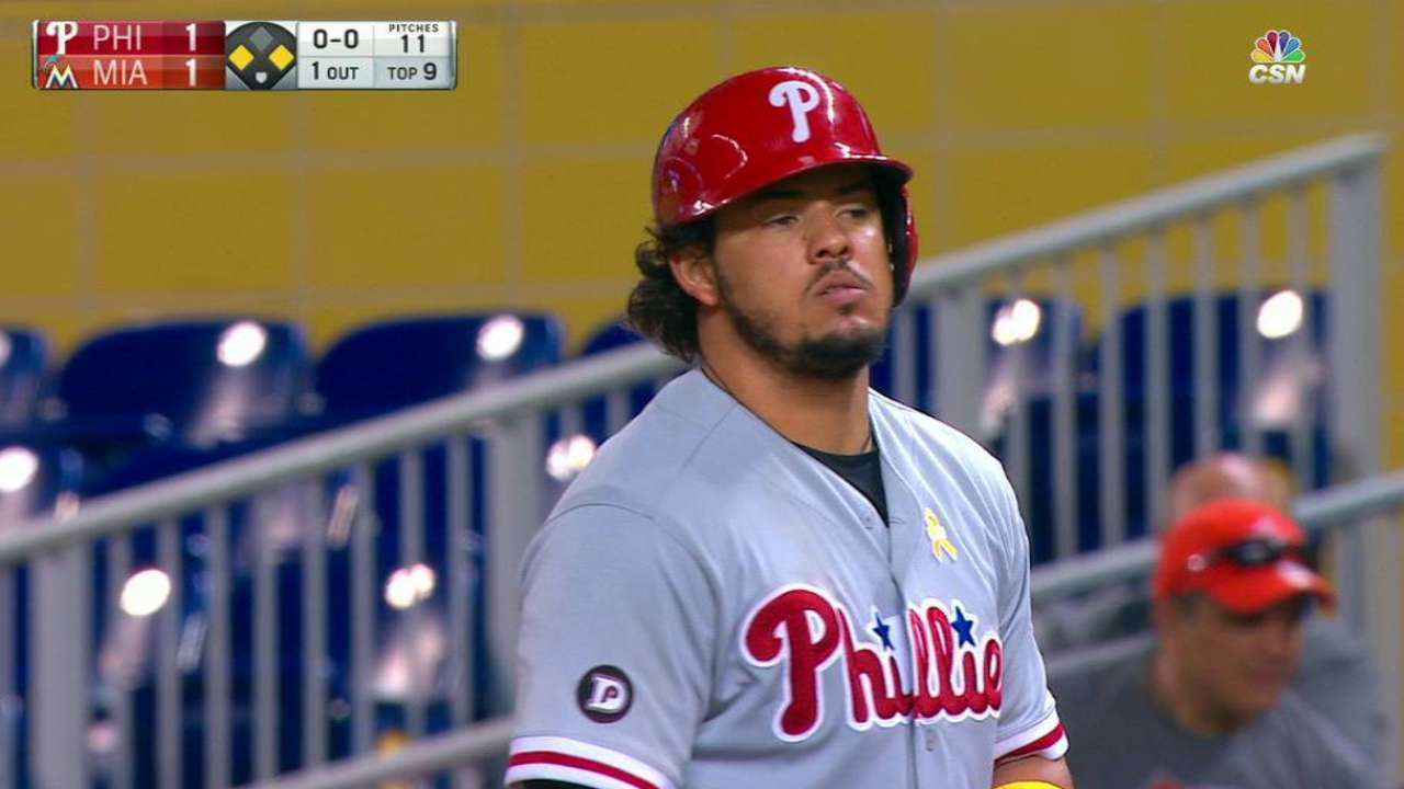 Alfaro's clutch game-tying hit