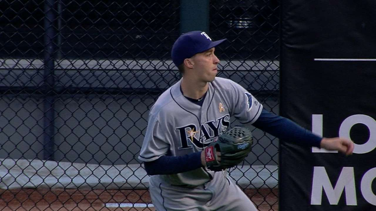 Snell stymies Sox, Rays return to .500 with W