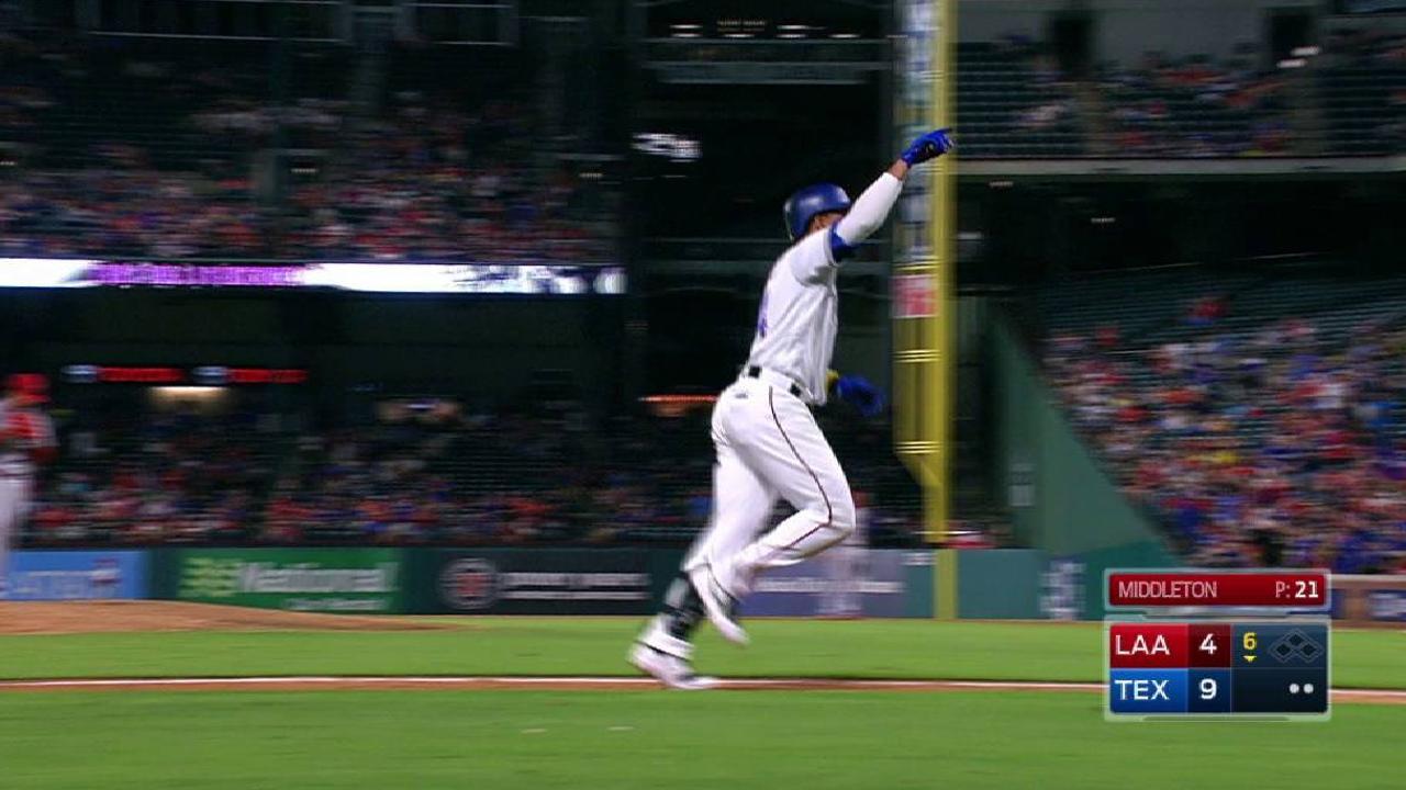 Gomez's solo home run