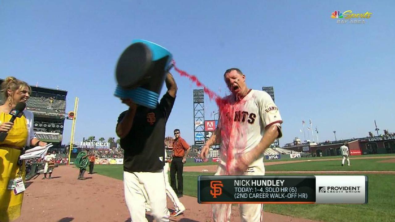 Hundley on walk-off home run