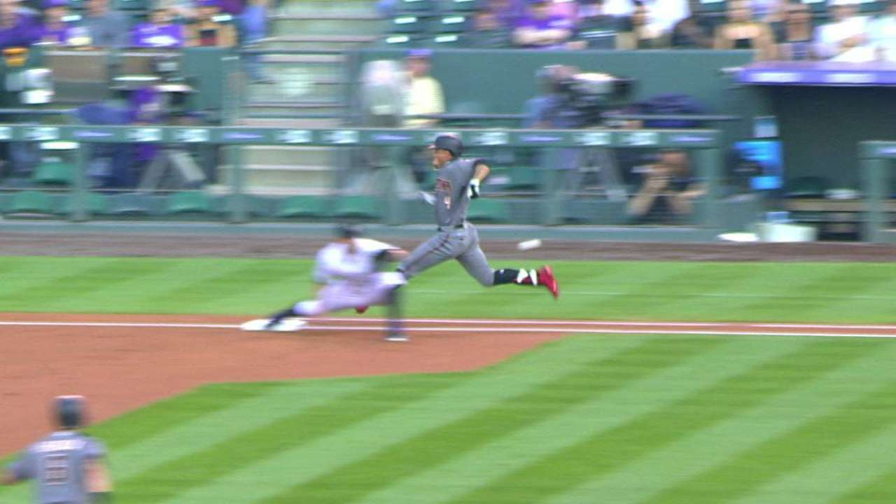 Marte safe at first