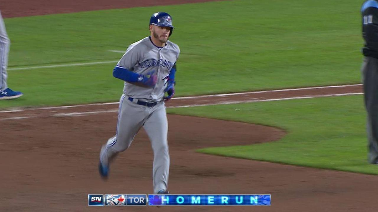 Blue Jays thump O's after Stroman's scare