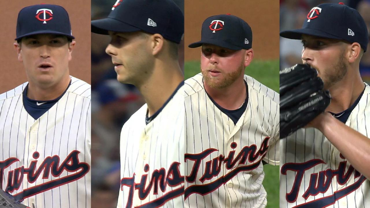 Twins rout KC to maintain 2nd WC advantage
