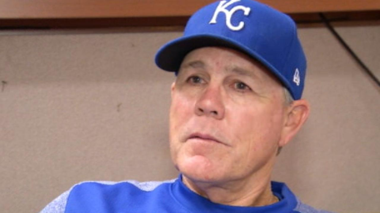 Royals' young arms struggle in playoff crunch