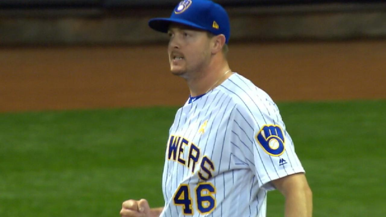 Knebel earns NL Reliever honors