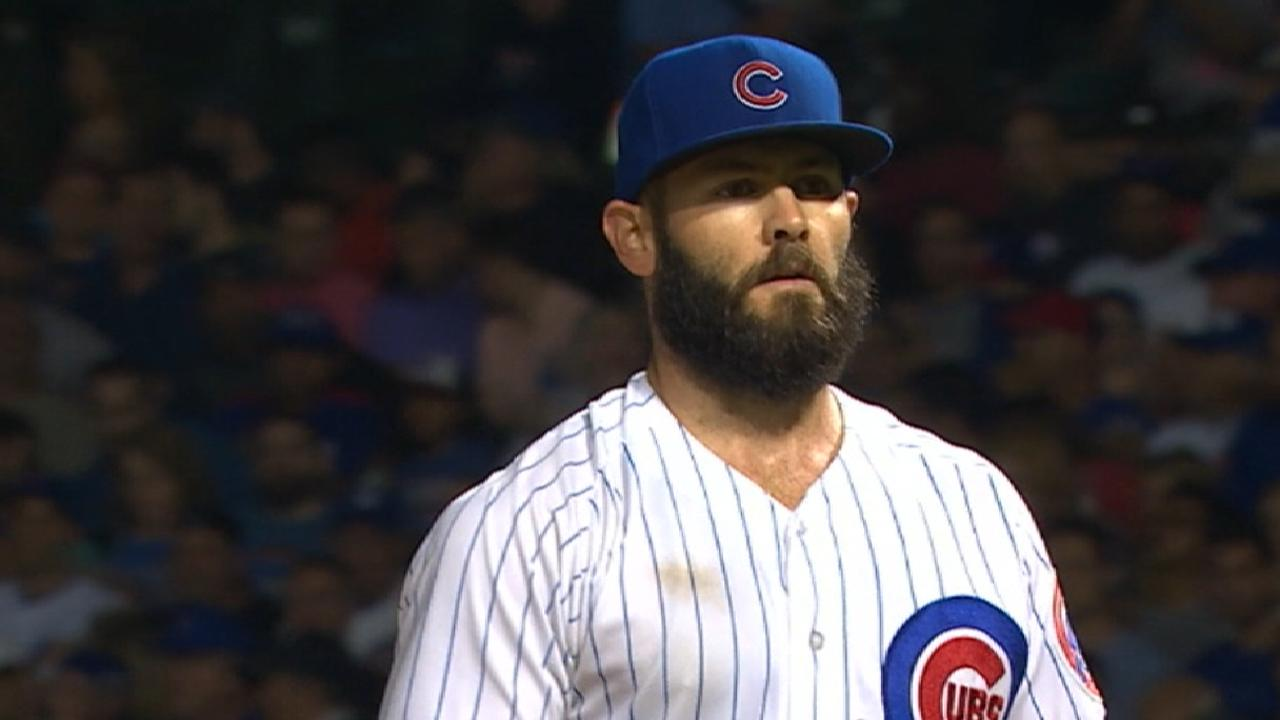 Sizzling August nets Arrieta NL pitching honor