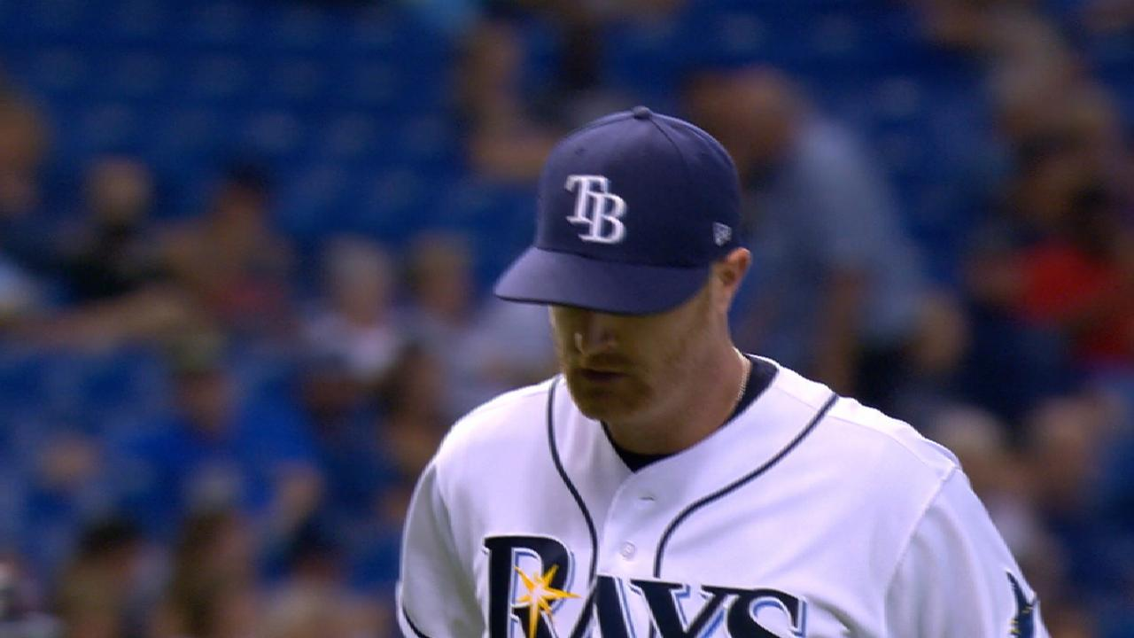 Cobb, Dickerson lead way as Rays rout Twins