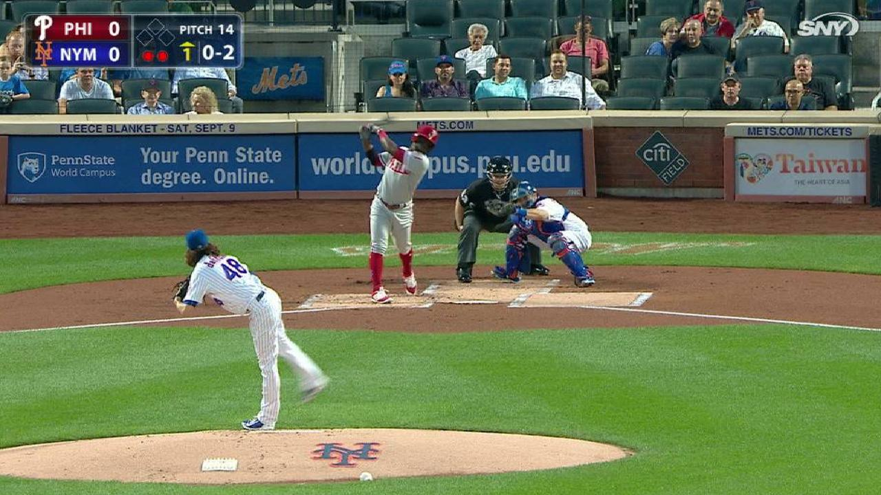 deGrom strikes out Herrera, side