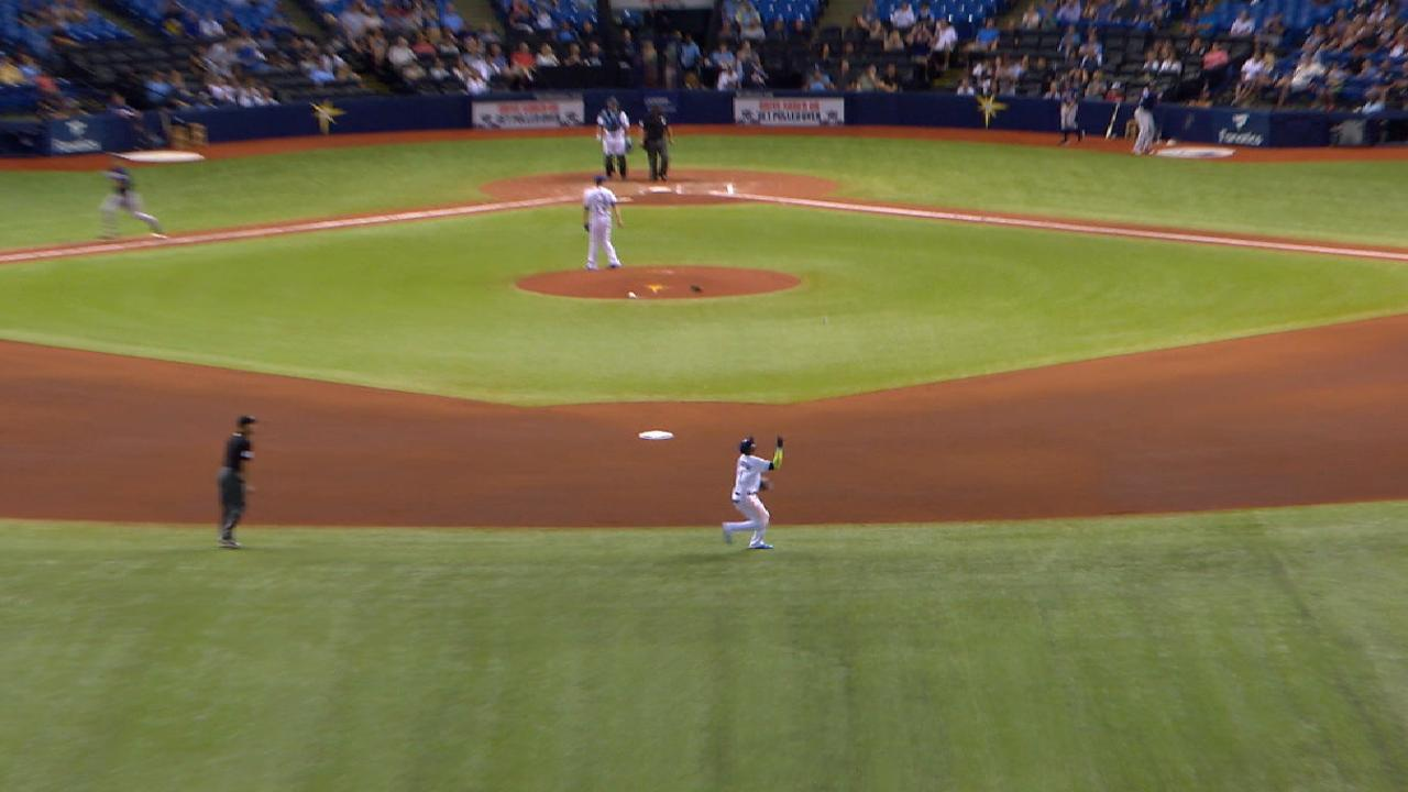 Odorizzi coquetea con no-hitter en triunfo de Rays sobre Mellizos