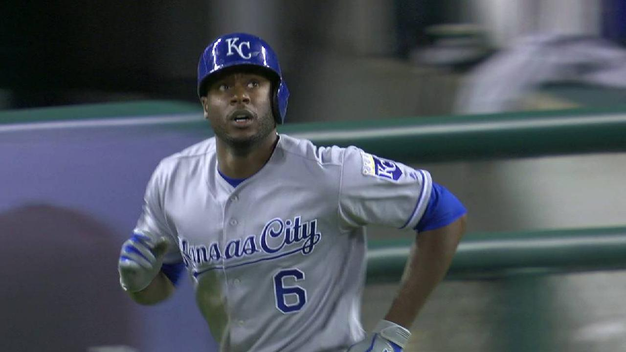 Cain's HR is Royals' club-record-tying 168th