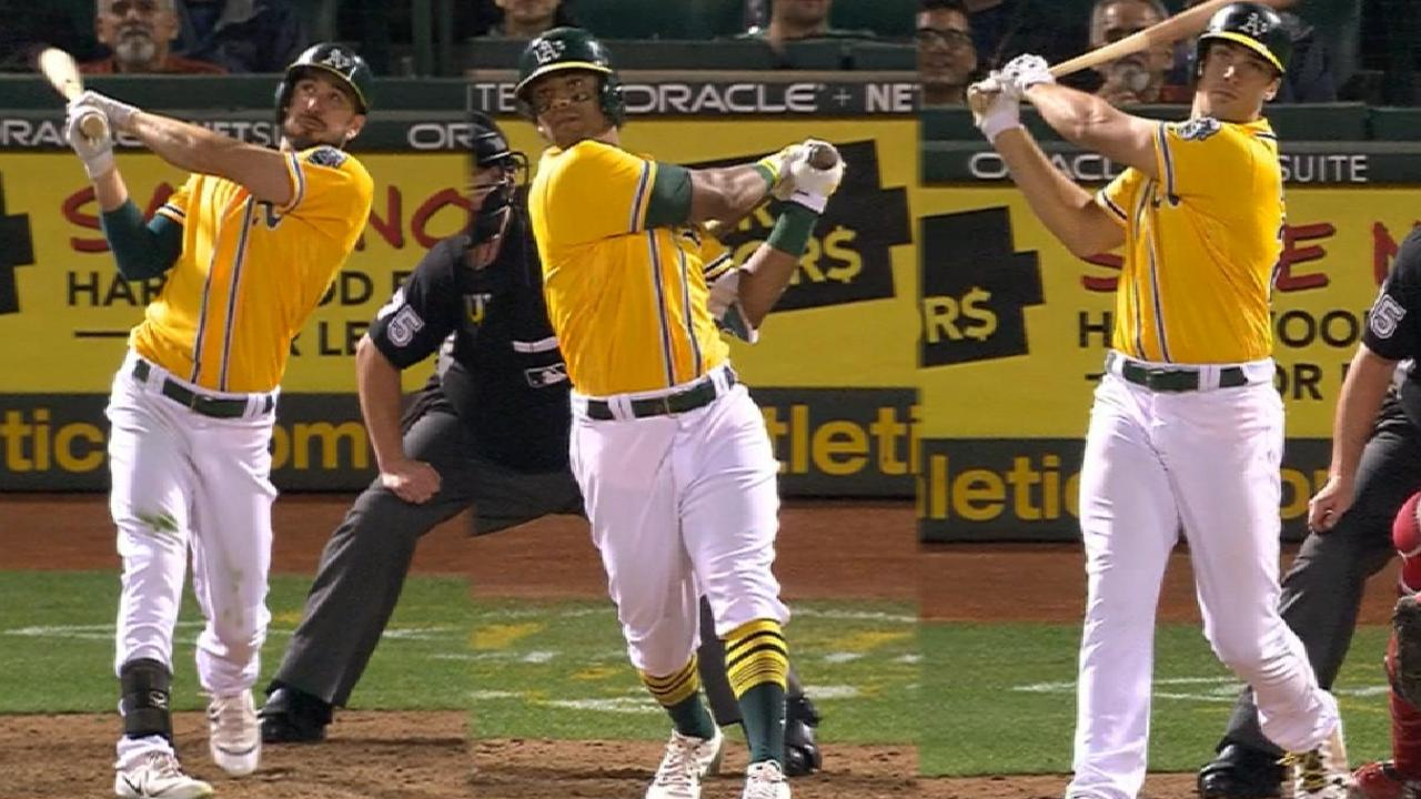 A's hit three homers in the 5th