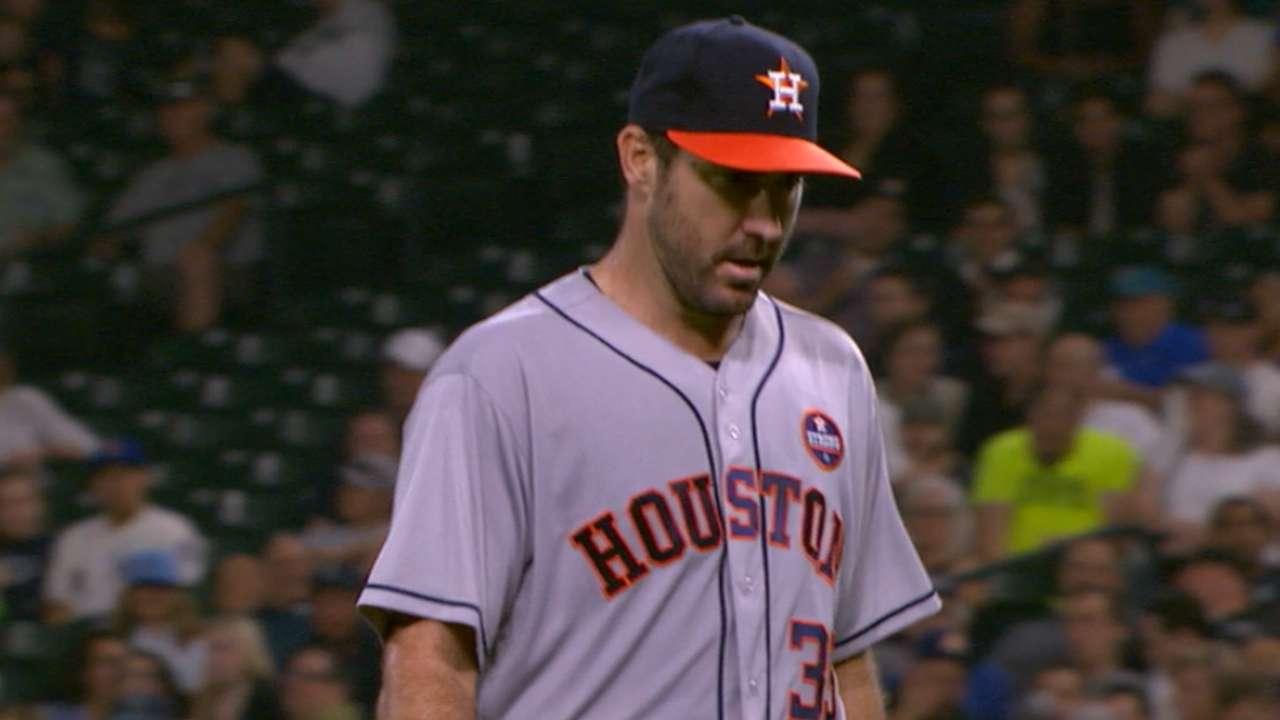 Verlander dazzles with Astros