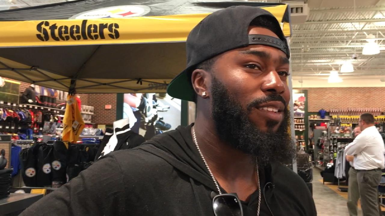 J-Hay shows giving spirit as Clemente nominee