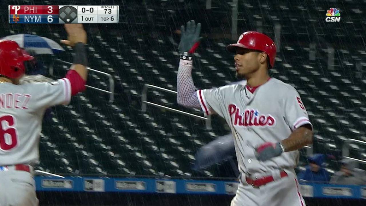 Williams' two-run homer