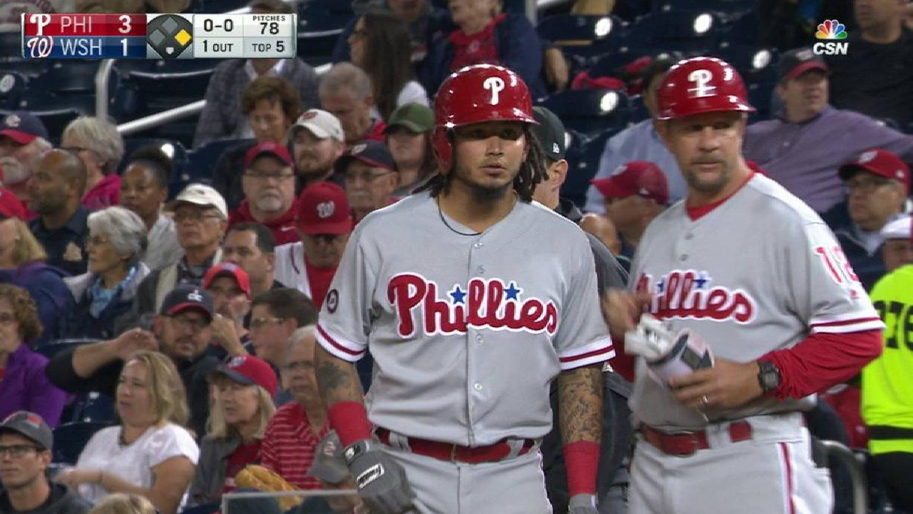 Phillies' early lead slips away vs. Nationals