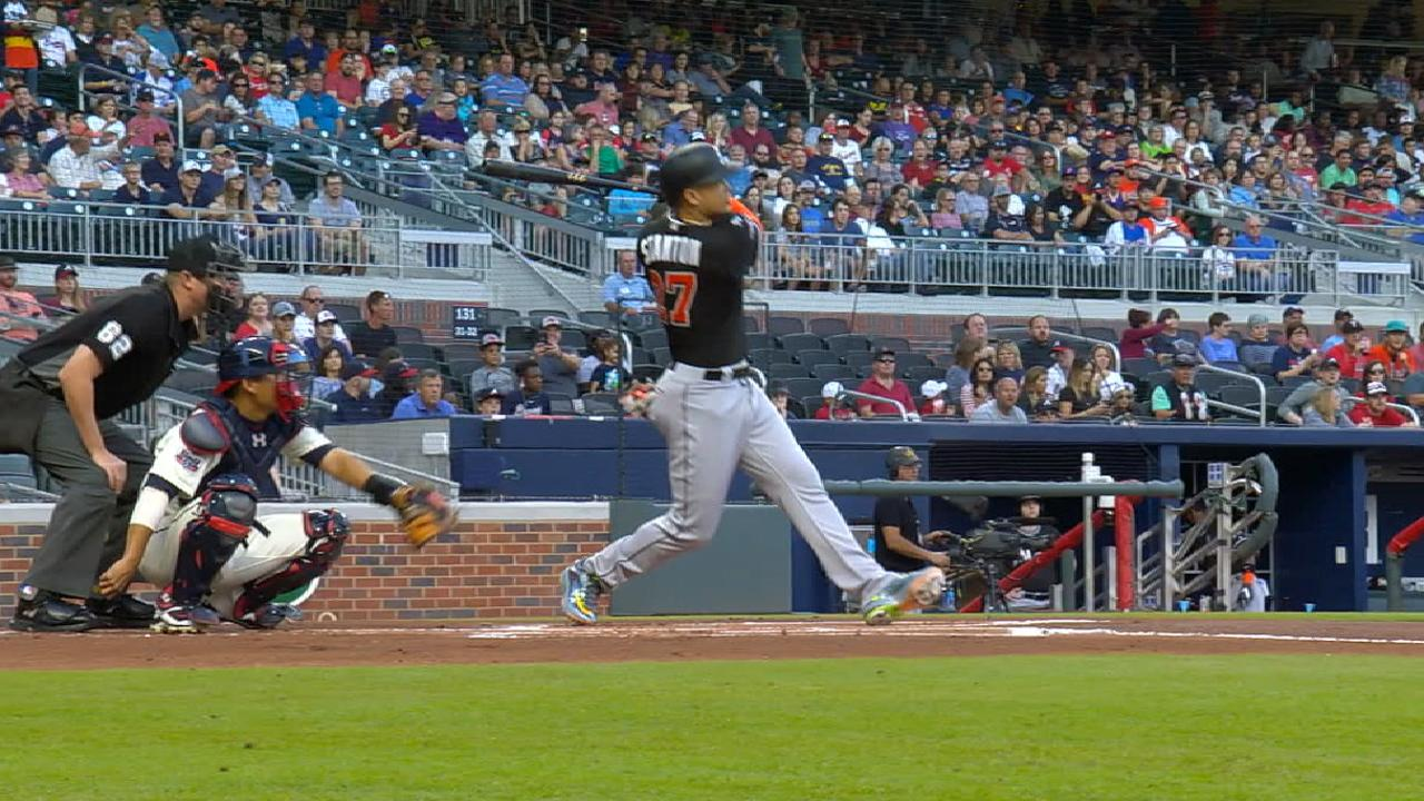Giancarlo homers, but Marlins lose on walk-off