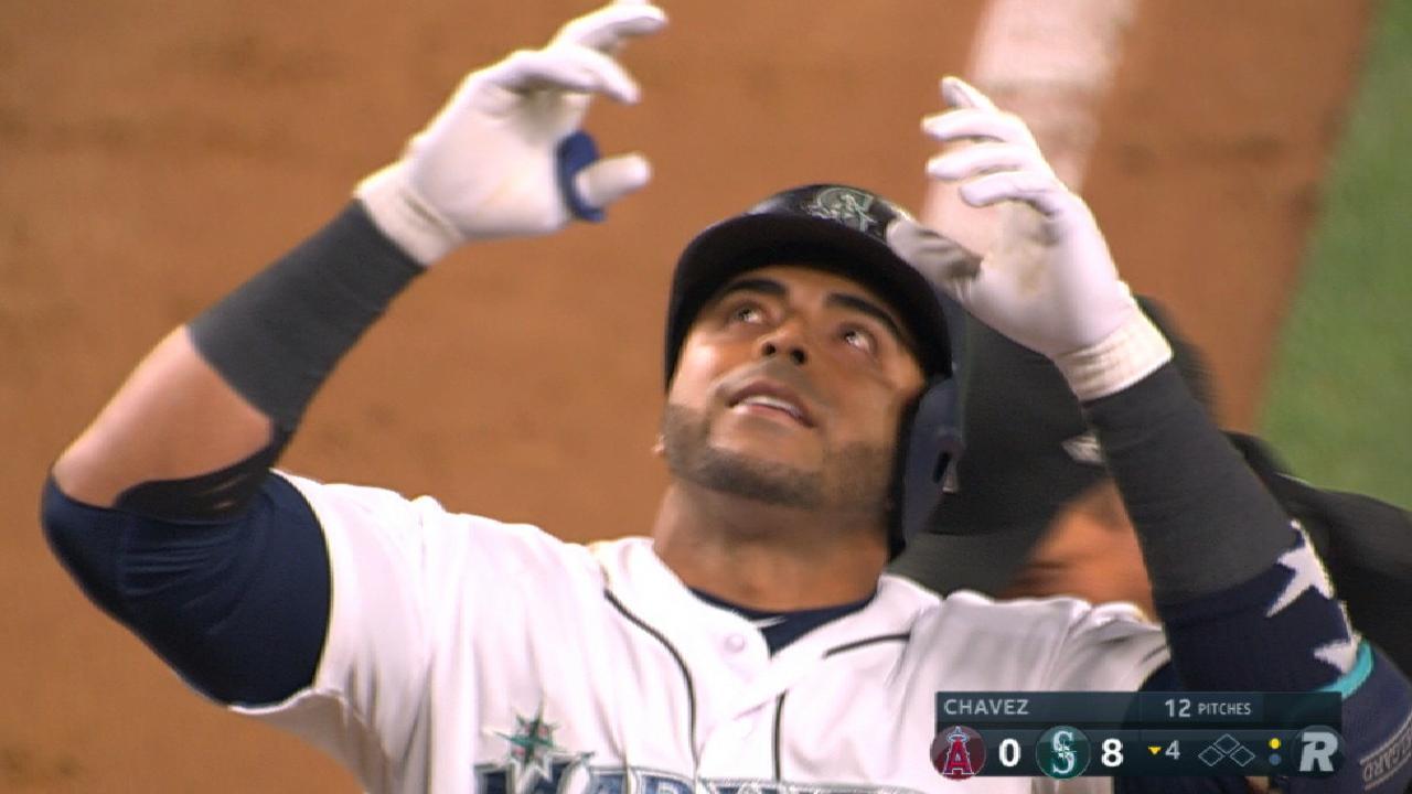 Mariners' six-run inning