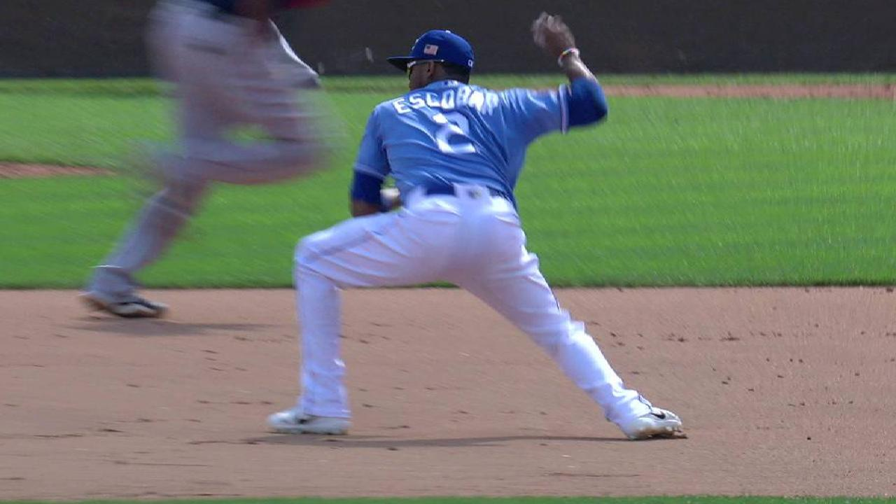 Vargas escapes bases-loaded jam