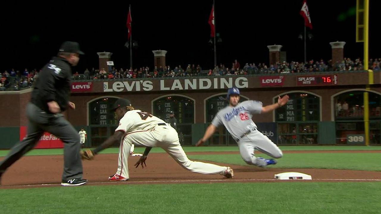Kershaw's nifty slide into third