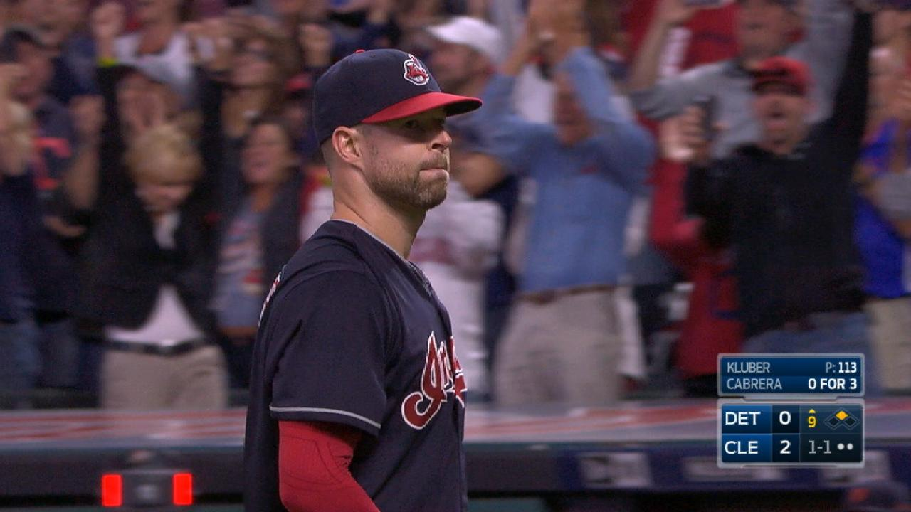 Indians on record-tying win